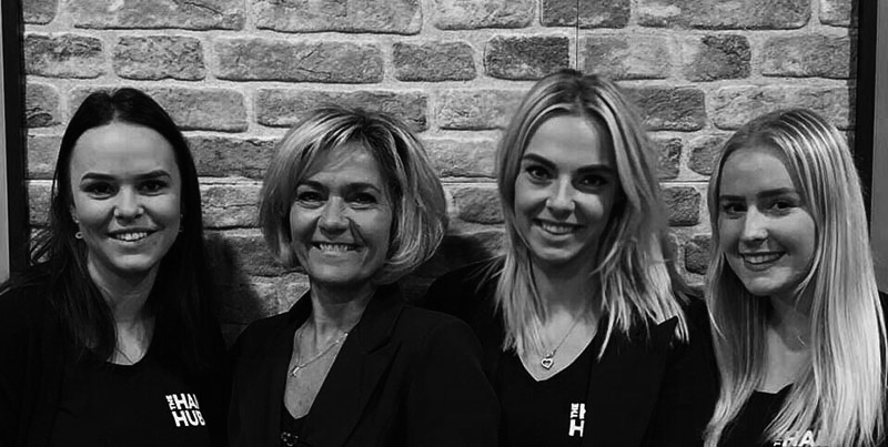 TheHairHub team Borne